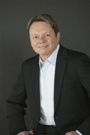 Michael  Sweeney