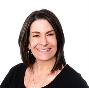 Julie  Stabins