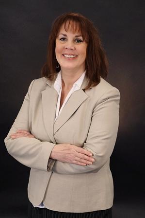 Linda L Price